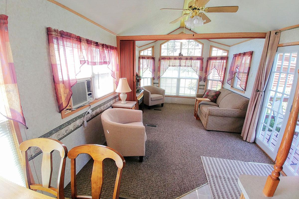 cabin-2-interior