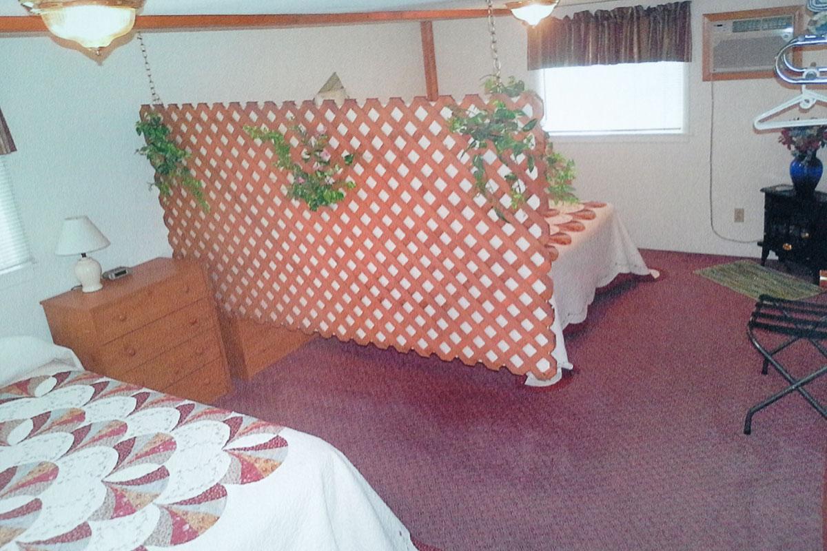 cabin-5-bedroom